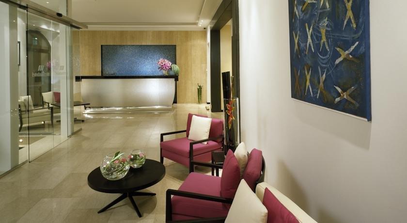 Design merrion hotel prague compare deals for Hotel prague design