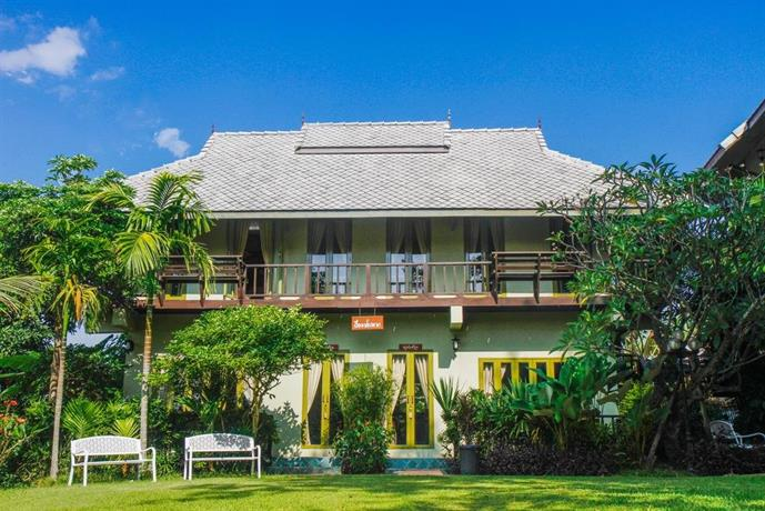 Pai panalee boutique hotel compare deals for Boutique hotel offers