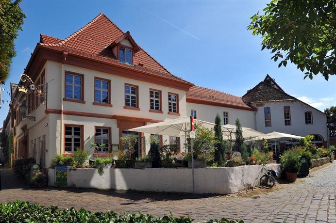Zur Goldenen Krone Hotel