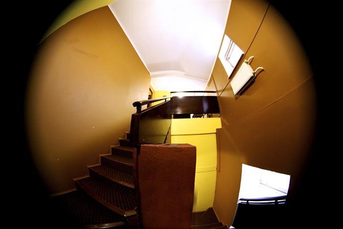 Hostel Cinema U Krasnyh Vorot