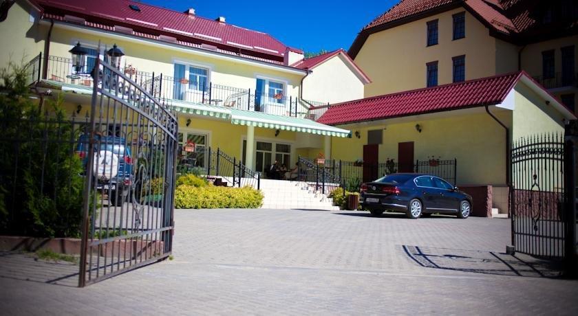 Becker Hotel