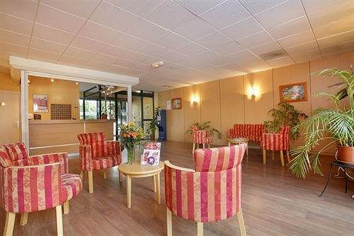 Appart Hotel Du Parc Allee De Charlary  Rouffiac Tolosan