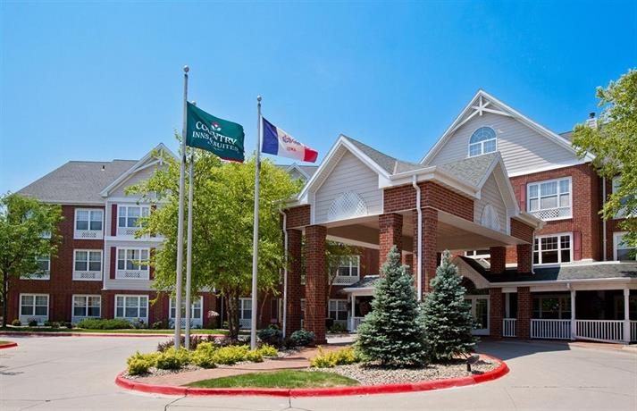 Country Inn & Suites by Radisson Des Moines West IA