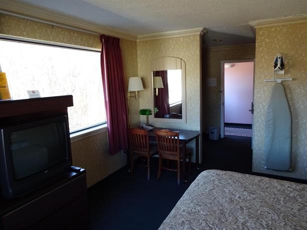 Hilltop Express Inn Groton Ct Booking Com