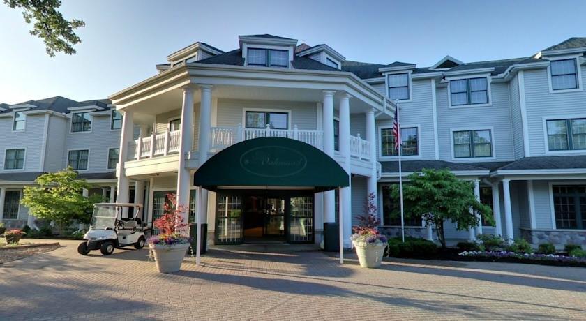 Oakwood Resort, Syracuse - Compare Deals