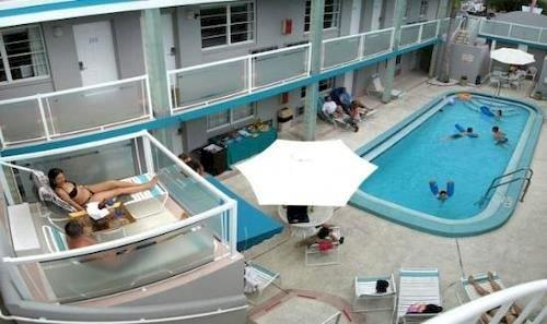 Camelot Beach Resort Clearwater Compare Deals