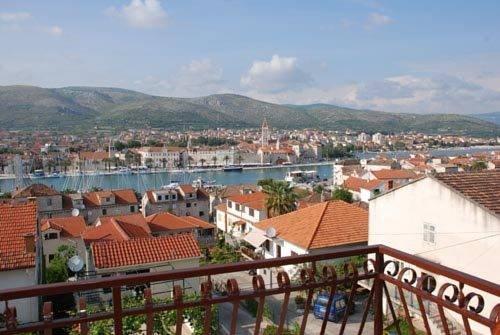 House Bakica Apartments Trogir