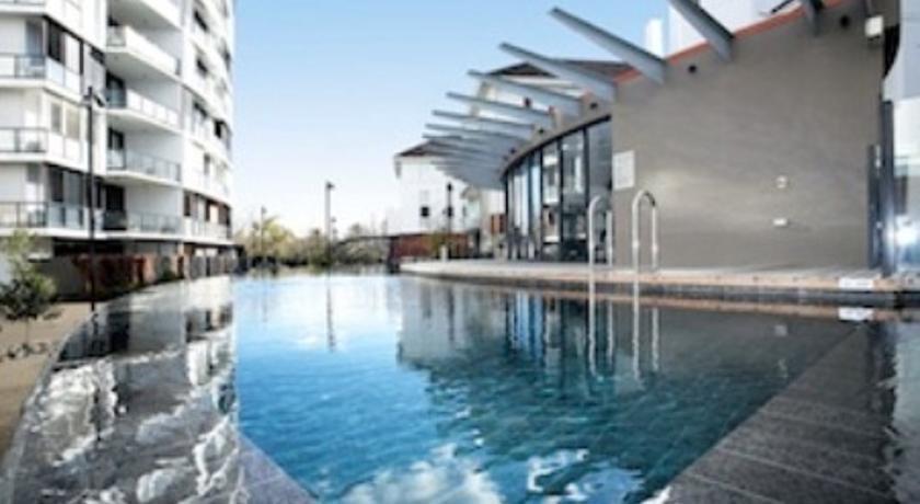 Astra Chevron St Kilda Apartments