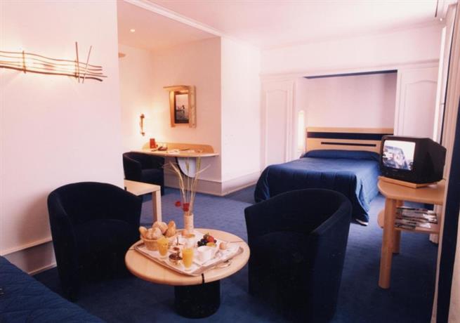 logis hotel le france villers le lac offerte in corso. Black Bedroom Furniture Sets. Home Design Ideas