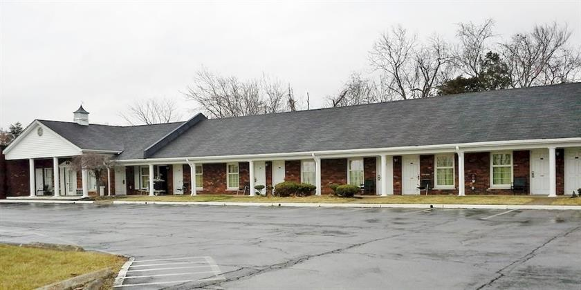 The Hometown Inn
