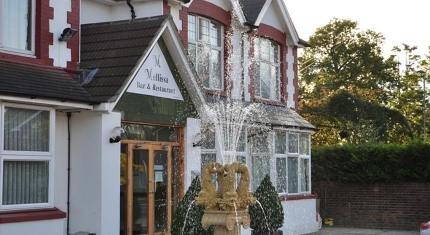 Acorn Lodge Gatwick