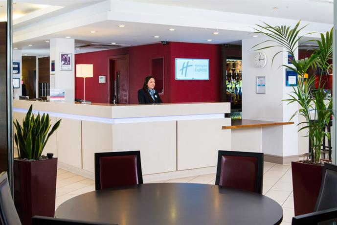 Holiday Inn Express Glasgow Meeting Rooms