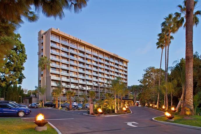 Hotel La Jolla Curio
