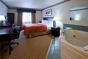 Country Inn & Suites by Radisson Northfield MN