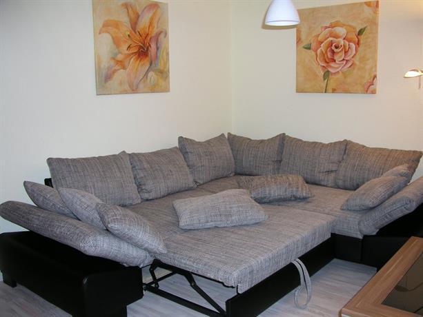 domizil neu venedig berlin compare deals. Black Bedroom Furniture Sets. Home Design Ideas
