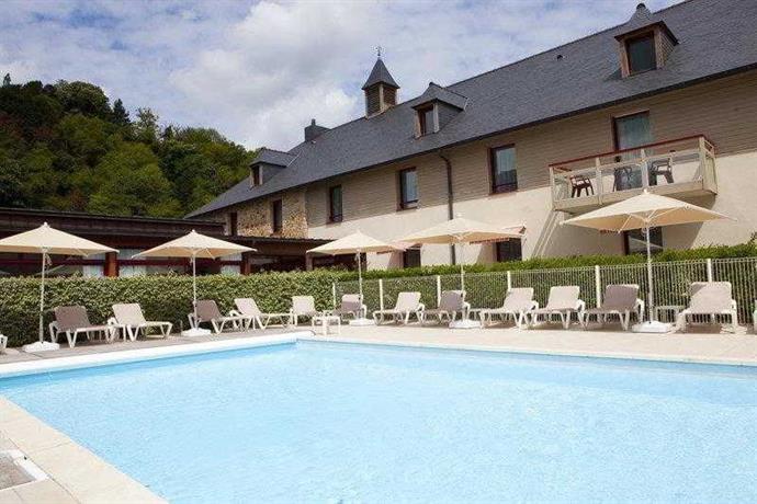 Mercure dinan port le jerzual lanvallay compare deals for Le jardin hotel mercure