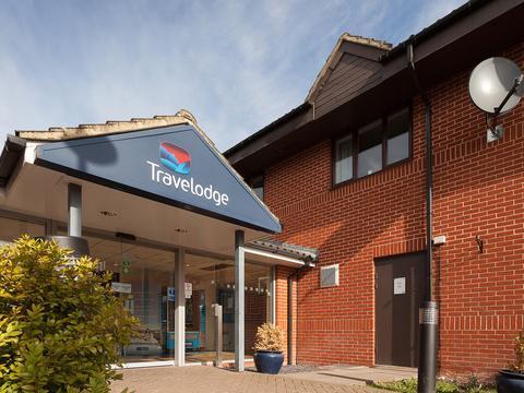 Travelodge Newbury Tot Hill Farnborough