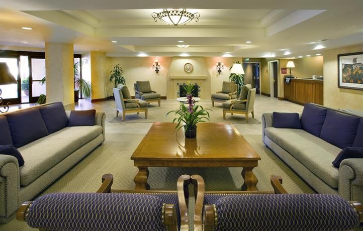 Hampton Inn San Diego Del Mar Room Service