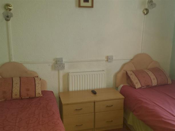 Southmead Guesthouse Llanelli