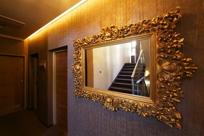 Mama 39 s design boutique hotel bratislava compare deals for Mamas design hotel bratislava