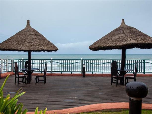 About La Palm Royal Beach Hotel