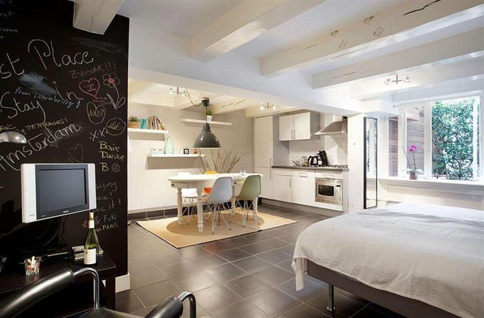 CoHo Suites