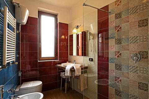 Hotel Pinto Storey Via Martucci Napoli