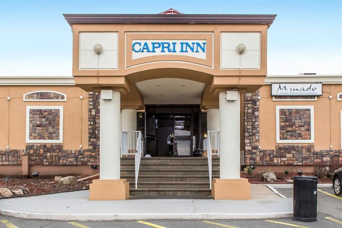 Roadway Capri Inn