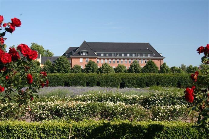 Hotel am Schlosspark Gustrow