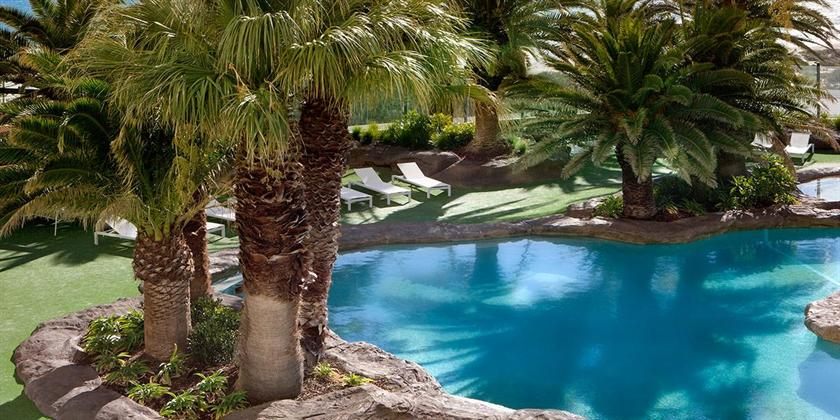 Rendezvous Hotel Perth Scarborough Compare Deals