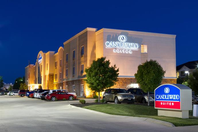 Candlewood Suites Urbana University Champaign