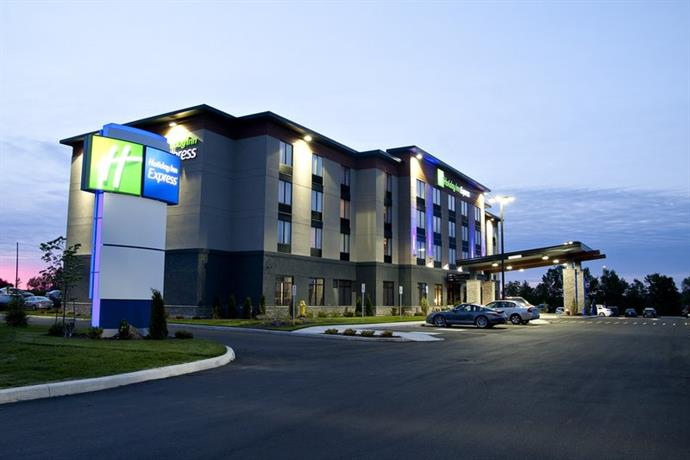 Holiday Inn Express Pembroke Ontario