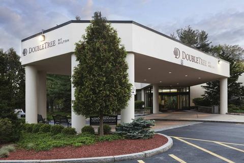 DoubleTree by Hilton Boston Bedford Glen