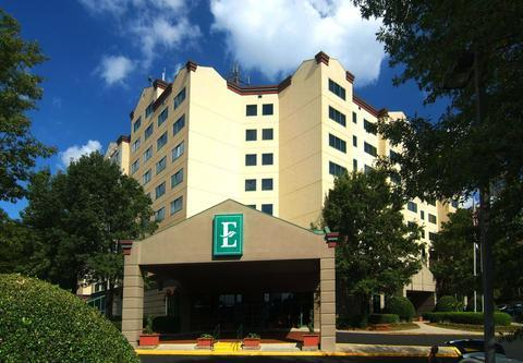 Embassy Suites Raleigh - Crabtree