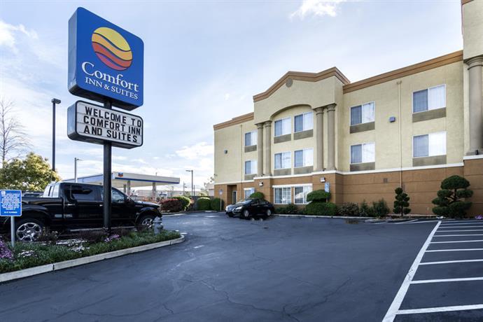 Comfort Inn and Suites Sacramento