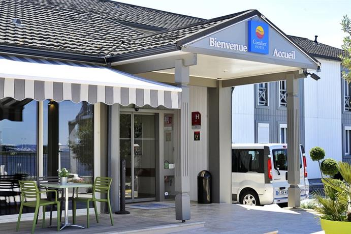 comfort hotel marseille airport vitrolles comparez les offres. Black Bedroom Furniture Sets. Home Design Ideas