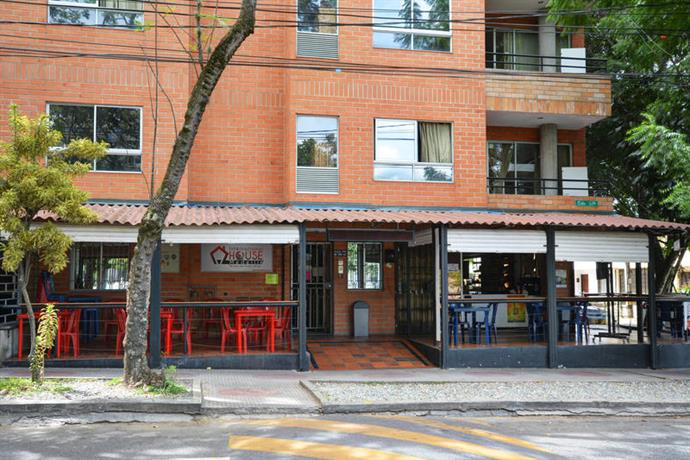 International House and Hostel Medellin