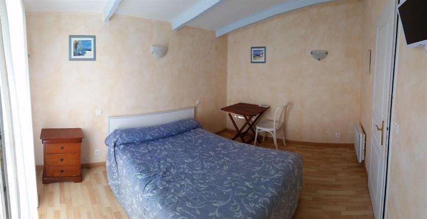 Hotel Du Joli Bois, Marseille Compare Deals # Hotel Du Joli Bois