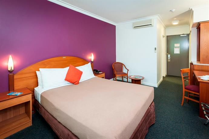 """""""Great Southern Hotel"""" north Perth"""