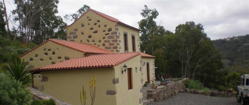 Casa rural la caldera teror comparar ofertas - La casa de las calderas ...