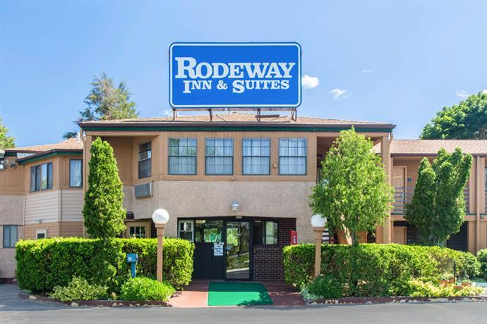 Rodeway Inn Branford