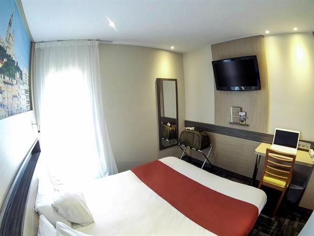 comfort hotel marseille airport vitrolles compare deals. Black Bedroom Furniture Sets. Home Design Ideas