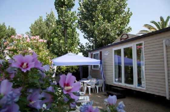 Camping les jardins d 39 elsa vias compare deals for Camping le jardin