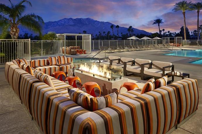 About Doubletree By Hilton Golf Resort Palm Springs