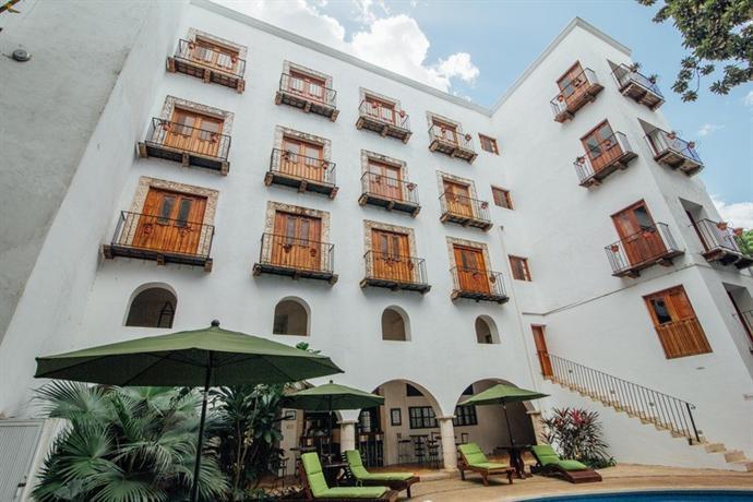 El meson del marques hotel valladolid mexico compare deals for Hotel el marques