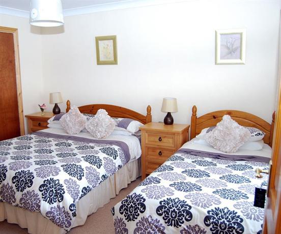 The Ocean Wave Bed & Breakfast, Cleggan - Compare Deals