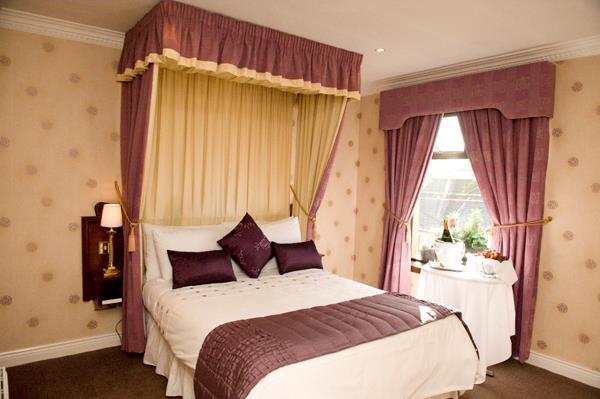 Germaines Hotel