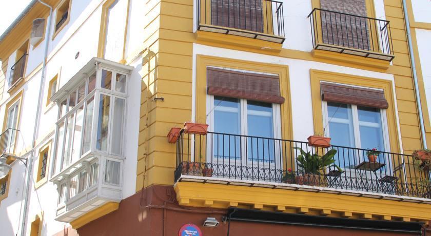 Las coles apartasuites x tiva comparez les offres for Hotels xativa espagne