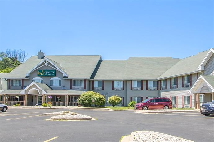 Country Inn & Suites By Carlson - East Troy