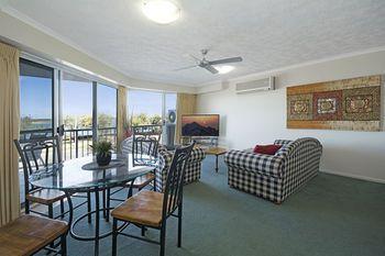 Sandy Shores Apartments Caloundra